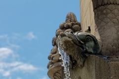 Fontaine du Palmier - English: Détail de la fontaine du Palmier, place du Châtelet