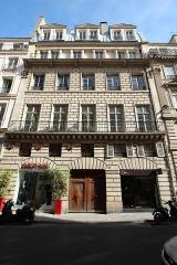 Immeuble - English: Building 6 Saint-Florentin street in Paris