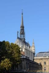 Sainte-Chapelle - Deutsch: Ostansicht der Sainte Chapelle in Paris, Frankreich