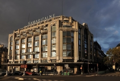 Grands magasins de la Samaritaine - English: La Samaritaine a large department store located in the 1st arrondissement of Paris, France.
