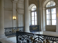 Bourse - Français:   Paris - Palais Brongniart - staircase