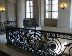 Bourse - Français:   Paris - Palais Brongniart - grille