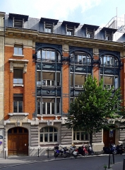 Immeuble du Crédit Lyonnais (annexe) - English: Ménars street - Paris