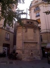 Fontaine publique des Haudriettes - English: Fontaine des Haudriettes, Paris IIIe arrondissement, France.