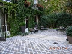 Ancien hôtel d'Espinoy et pavillon de la Reine - Paris, France. Place des Vosges. (Pavillon de la Reine)