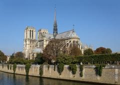 Cathédrale Notre-Dame - Deutsch: Südostansicht der Kathedrale Notre-Dame de Paris, Frankreich