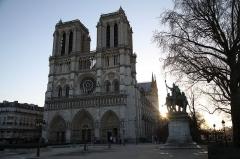 Cathédrale Notre-Dame - Cathédrale Notre-Dame de Paris - France