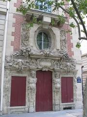 Ecole Massillon - English: Hotel Fieubet: right wing on the quai des Célestins, Paris 4th arr.