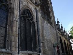 Eglise Saint-Merri - vitrail de l'Eglise Saint-Merri