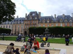 Pavillon du Roi -  Place des Vosges, Paris