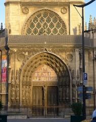 Eglise Saint-Laurent - Français:   Église Saint-Laurent (portail) - Paris X