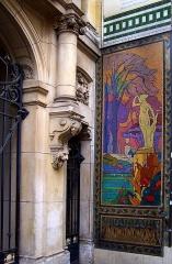 Anciens magasins de vente des faïenceries de Choisy-le-Roi - Français:   Anciens magasins de la maison Boulenger, 18 rue de Paradis, Paris