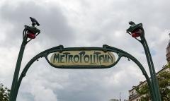 Métropolitain, station Ménilmontant - German amateur photographer, wikipedian and mathematician