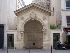 Fontaine de la Roquette - English: The Fontaine de la Roquette, listed at the Monuments historiques.