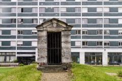 Ancien hospice de La Rochefoucauld - English: Hôpital La Rochefoucauld, Paris 14th arrondissement. Former