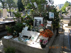 Cimetière Montparnasse - This building is indexed in the Base Mérimée, a database of architectural heritage maintained by the French Ministry of Culture,under the reference PA00086638 .
