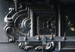 Boucherie Lamartine - Français:   Boucherie Lamartine - 172 avenue Victor Hugo - Paris 16 Détail des ornements supérieurs de la vitrine