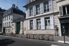 Ancien Hôtel Véron ou Château d'Auteuil, dit aussi Hôtel Puscher ou de Pérignon - Français:   Hôtel Véron, centre paroissial Notre-Dame-d\'Auteuil, 16 rue d\'Auteuil (Paris, 16e).