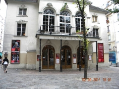 Théâtre Montmartre  , puis Théâtre de l'Atelier (ou Charles-Dullin) - Français:   Paris, France, Theatre de l\'Atelier (Place Charles Dullin) (detail)