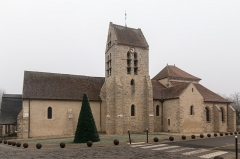 Eglise Saint-Pierre - English:  Saint Petere parish church.