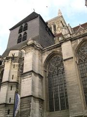 Cathédrale Saint-Etienne - Français:   Tour sud et chapelles méridionales de la cathédrale Saint-Etienne - Meaux - Seine-et-Marne - France - Mérimée PA00087087