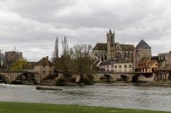 Pont de Moret - English:  The old city of Moret sur Loing