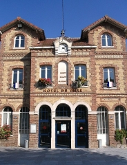 Mairie, anciennes écoles - English: The town hall of Noisiel, Seine-et-Marne, France.