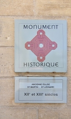 Eglise Saint-Léonard et Saint-Martin - English: The historical monument plaque of the chapel of Saint-Léonard et Saint-Martin in Croissy-sur-Seine in the department of Yvelines, France.