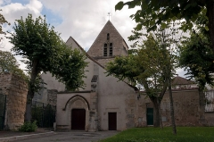 Eglise  ou chapelle de la Paix - Français:   Vieille église de Maisons-Laffitte, Yvelines, France