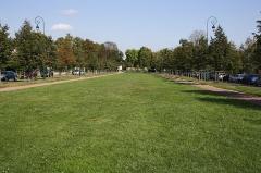 Parc - English: Eglé avenue in the park of Maisons-Laffitte, France.
