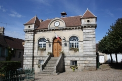 Bailliage - English: Town hall (Old bailliage) of Rochefort-en-Yvelines, France.