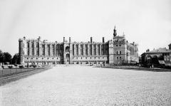 Domaine national de Saint-Germain-en-Laye, actuellement Musée des Antiquités Nationales - Français:   Château Vieux de Saint-Germain-en-Laye en 1959 Musée des Antiquités Nationales