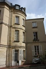 Hôtel de Conti - English: Hôtel de Conti located 14 Château place in Saint-Germain-en-Laye, France.
