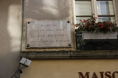 Maison Claude Debussy - English: Formerly the house of french composer Claude Debussy now a tourism office and a small museum located 38 rue au Pain in Saint-Germain-en-Laye, France.