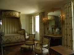 Domaine national de Versailles - Intérieur du Petit Trianon au château de Versailles (Yvelines, France).