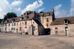 Domaine national de Versailles - Français:   Photo représentant la façade est de la Ferme de Gally aujourd\'hui.