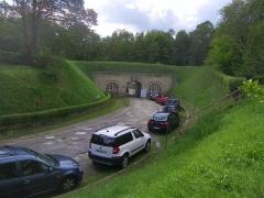 Fort de Saint-Cyr - Français:   Entrée dissimulée du fort