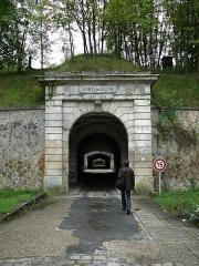 Fort de Saint-Cyr - Français:   Fort de St Cyr (Montigny-le-Bretonneux, Yvelines)  construction: 1874-1878  auteur: SERE DE RIVIERES Raymond (général et ingénieur, architecte militaire)