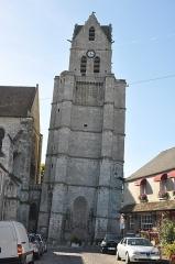 Eglise Saint-Martin - Français:   Tour penchée. Collégiale Saint-Martin à Étampes (Essonne, France)