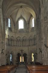 Eglise Saint-Martin - Français:   Intérieur nef principale. Collégiale Saint-Martin à Étampes (Essonne, France)