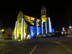Eglise Saint-Germain-de-Paris - Français:   Eglise d\'itteville de nuit avec l\'éclairage de Noel