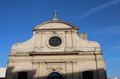 Eglise Saint-Martin - Église Saint-Martin à Meudon en France.