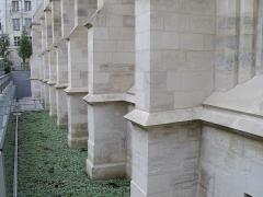 Ancien couvent des Bernardins - Français:   Détail de l\'extérieur du Collège des Bernardins