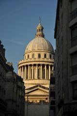 Ancienne église Sainte-Geneviève, devenue Le Panthéon - English: Pantheon of Paris located in the 5th arrondissement of Paris, France.