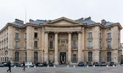 Faculté de Droit de Paris - German amateur photographer, wikipedian and mathematician