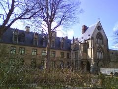 Ancien hôtel de Cluny et Palais des Thermes, actuellement Musée National du Moyen-Age - Site situé au cœur de Paris Vème Arrondissement