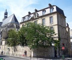 Presbytère de l'église Saint-Etienne-du-Mont - English: Presbytère de l'église Saint-Étienne-du-Mont au 30 rue Descartes / rue clovis à Paris