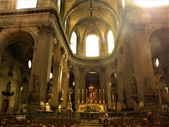 Eglise Saint-Sulpice - English: Paris, France. Saint-Sulpice Church. (Interior 6) (PA00088510)