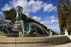 Fontaine de Carpeaux - This building is indexed in the Base Mérimée, a database of architectural heritage maintained by the French Ministry of Culture,under the reference PA00088516 .
