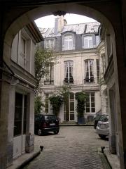 Maison - Français:   Maison (Hôtel de Navarre) (Inscrit) - n°47 rue Saint-André-des-Arts - Paris VI
